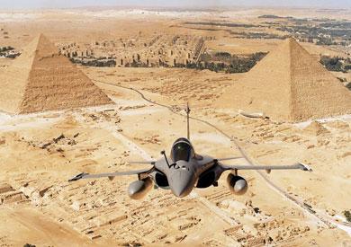 طائرات-الرافال-الفرنسية-تصل-مصر-الأهرامات